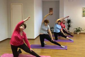 Суставная гимнастика и йога для пожилых
